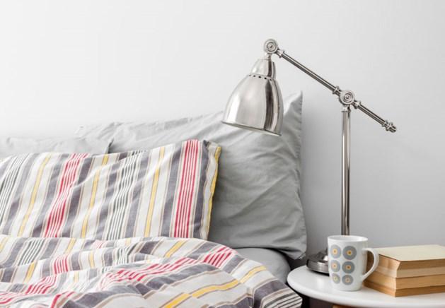Waarom je het bed beter niet meteen opmaakt na het opstaan