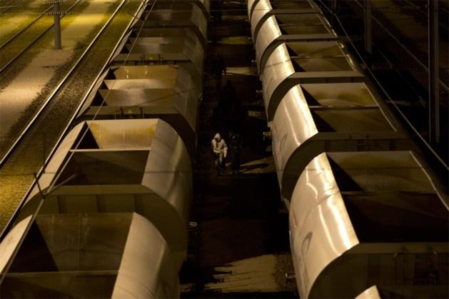 Migrant geëlektrocuteerd bij vluchtpoging met vrachttrein