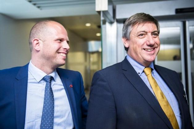 Francken en Jambon gaan praten met burgemeesters