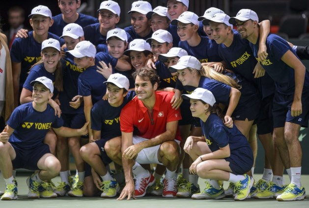 Roger Federer houdt titelverdediger Zwitserland in Wereldgroep