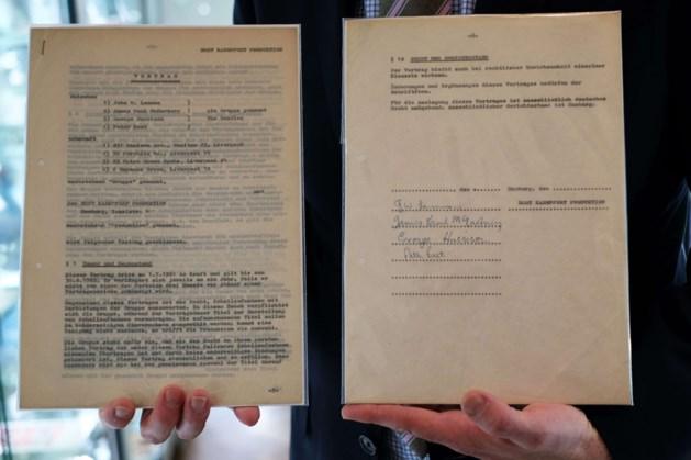 Eerste contract van The Beatles geveild voor 83.000 euro
