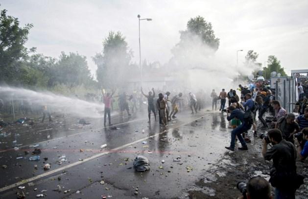 Hongaarse soldaten mogen op vluchtelingen schieten