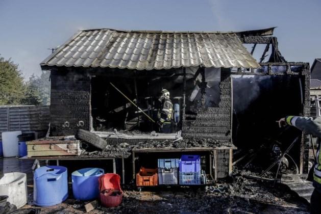 Tuinhuis brandt af bij slijpwerken