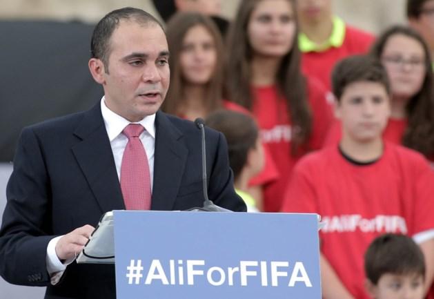 Prins Ali wil nog steeds FIFA-voorzitter worden, en Maradona steunt hem