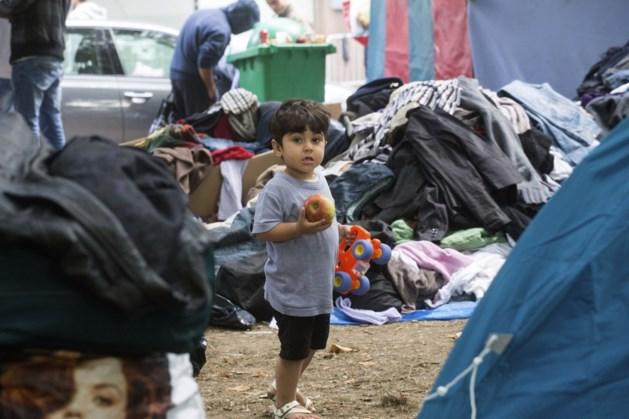 Francken blij met terugtrekking ngo's uit vluchtelingenkamp