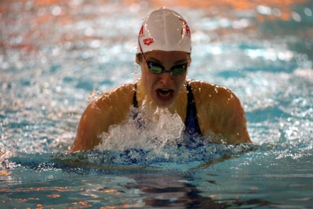 Fanny Lecluyse in snelste tijd naar EK-finale 50 meter schoolslag
