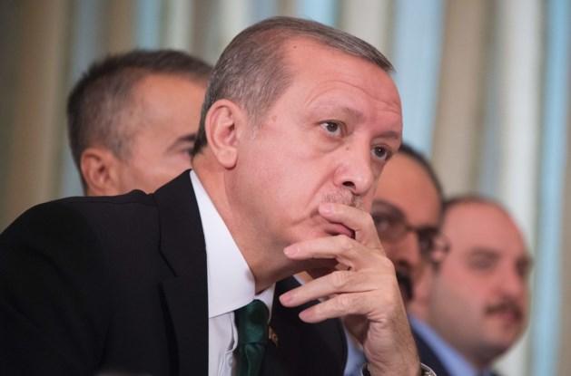"""""""Turkse president en zijn familie werken samen met IS"""""""