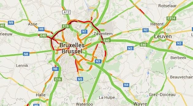 Verkeershinder op Brusselse binnenring door brandend voertuig