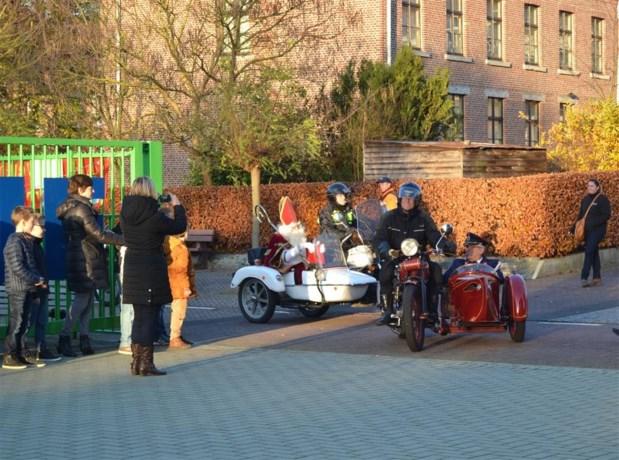 Basisschool 't Laantje verwelkomt Sinterklaas