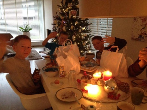 Sinterklaasontbijt C.V. Umdat 't kin