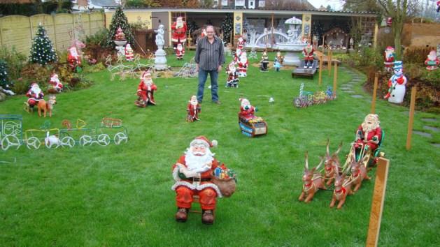 """""""Paar honderd kerstmannen en kerstbomen in huis en tuin"""""""