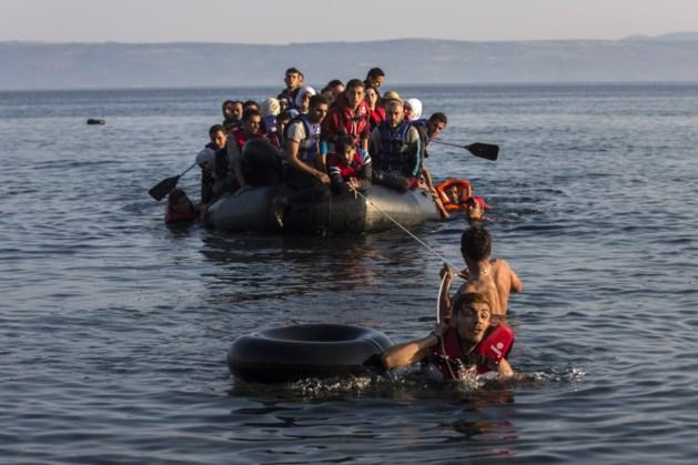 Meer dan 1 miljoen vluchtelingen bereikten in 2015 de EU