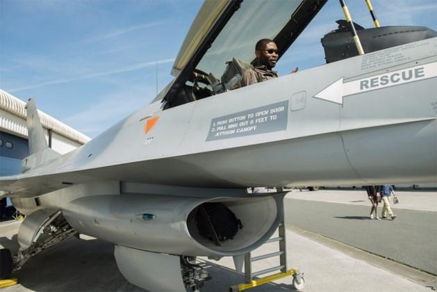 Sp.a en Groen ontzet over beslissing tot aankoop 34 gevechtsvliegtuigen