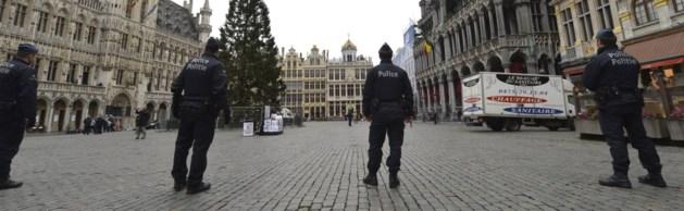 """Terreurniveau bij Brusselse politie verhoogd wegens """"concrete dreiging"""""""