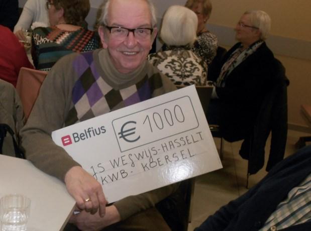 KWB Koersel schenkt 1000 euro aan goed doel