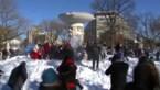 Legendarisch sneeuwballengevecht doet winterse ellende vergeten