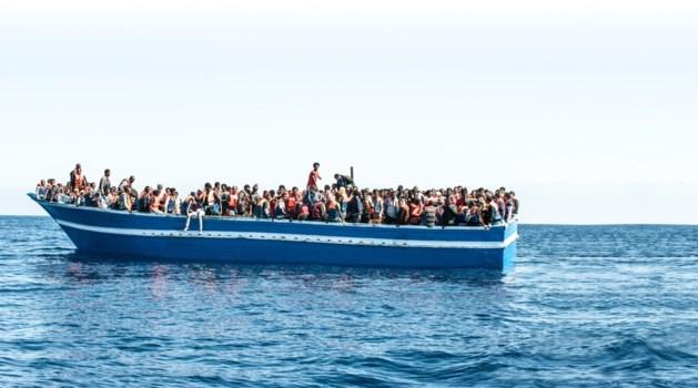 Opnieuw honderden vluchtelingen gered voor Sicilië