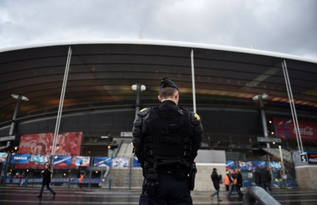 """Franse Sportminister: """"Een veiligheidsagent per honderd supporters in bepaalde fandorpen"""""""