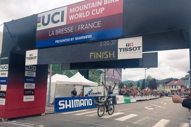 Absalon wint solo WB mountainbike in La Bresse