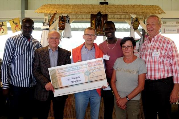 Serviceclub Kiwanis Borgloon steunt Een Hart Voor Senegal