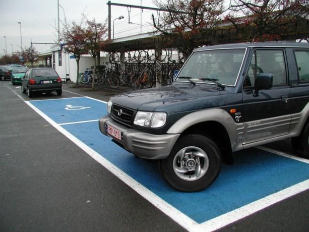 Jacht geopend op 'valse' gehandicapten die parkeerplaatsen inpikken