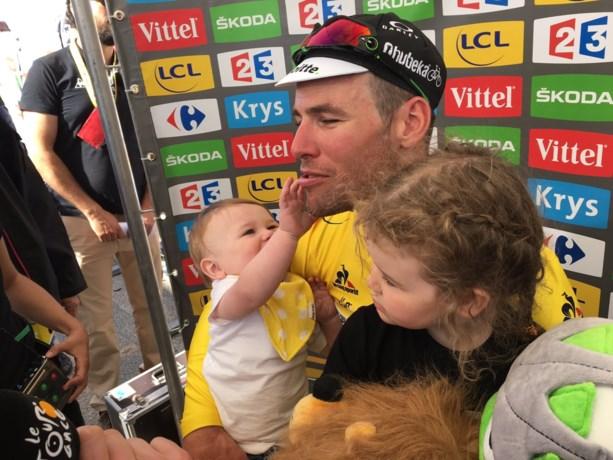 """Cavendish vertedert met dochter op de arm: """"Ik ben hier zo blij mee"""""""