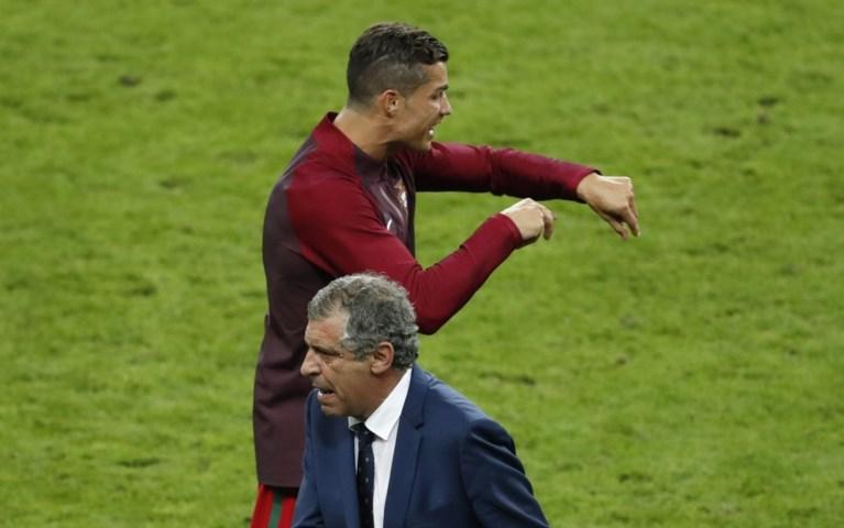 Geblesseerde Ronaldo promoveert zichzelf tot bondscoach