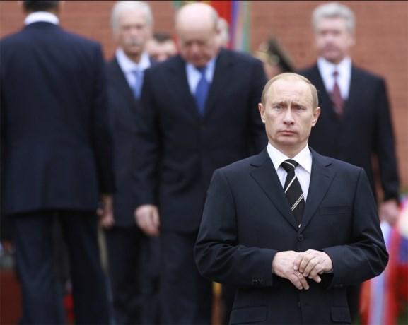 """Poetin hoopt op """"constructieve dialoog"""" met Theresa May"""