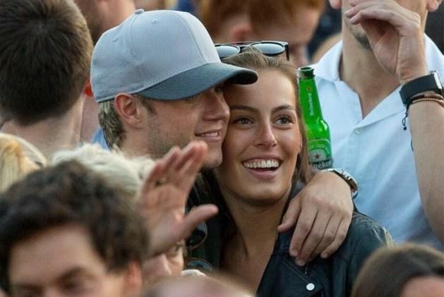 """One Direction-fans reageren positief op Vlaamse vriendin: """"Maak hem alsjeblieft gelukkig"""""""