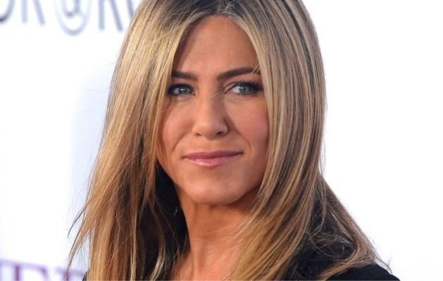 Jennifer Aniston haalt fors uit naar de roddelpers