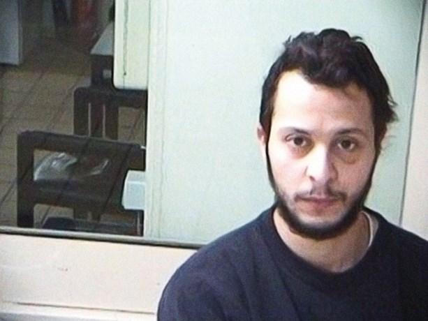 Salah Abdeslam bijt in het zand over permanent cameratoezicht