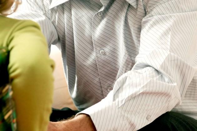 Meisje (15) mag van rechter relatie hebben met 47-jarige nonkel