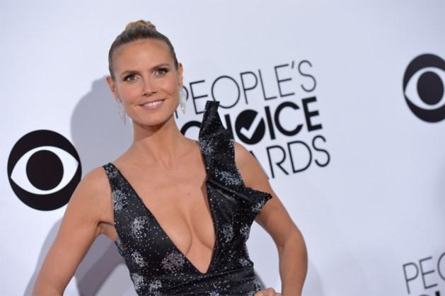 """Heidi Klum (43) wil topless blijven zonnen: """"Steek je lichaam niet weg!"""""""