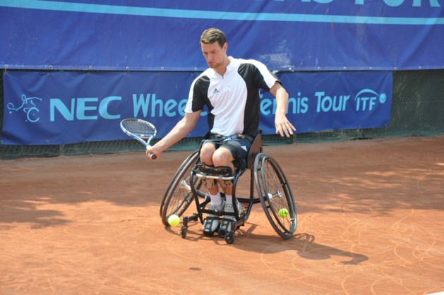 Joachim Gérard stoot door naar halve finales in dubbelspel in Masters rolstoeltennis