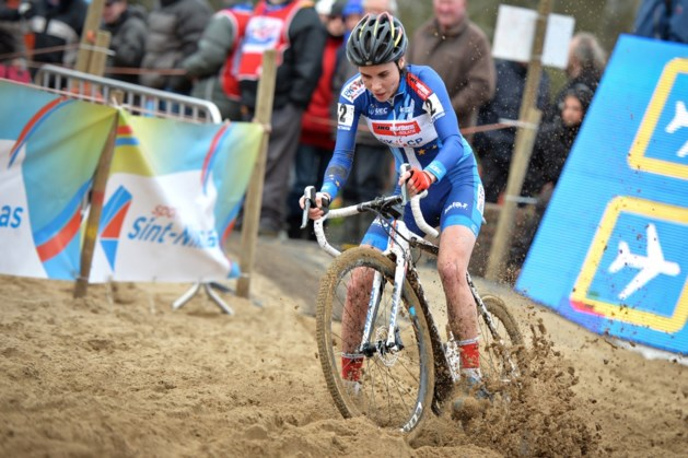 """Sanne Cant wint Waaslandcross bij de vrouwen: """" Al mijn vijfde zege"""""""