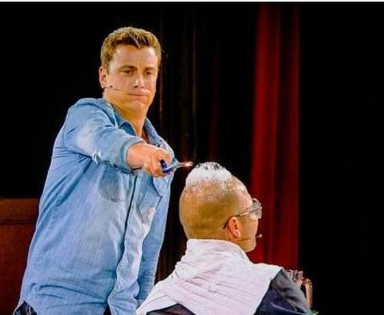 Stan Van Samang in brand tijdens Belgium's Got Talent