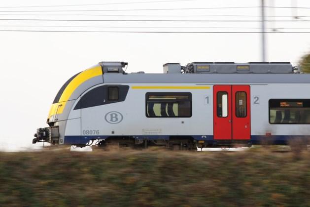 Deuren van trein Blankenberge - Hasselt gaan niet open