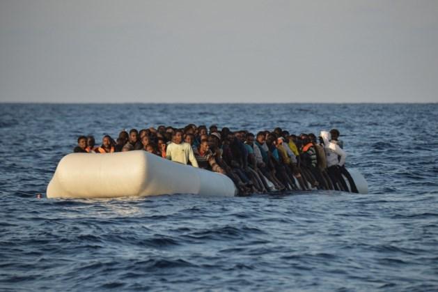 Ruim 650 migranten gered in Middellandse Zee