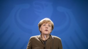 """Merkel: """"Onze samenhang plaatsen tegenover haatdragende wereld van terroristen"""""""