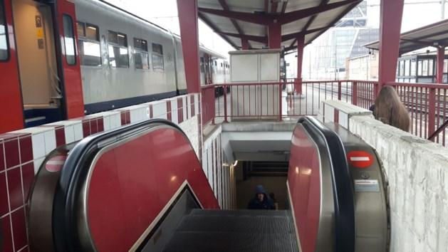 Opnieuw roltrap buiten dienst in station van Hasselt