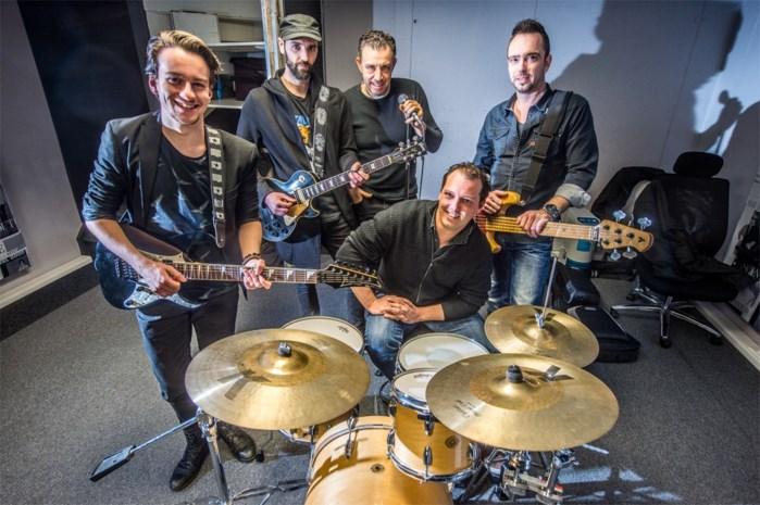 Coverband van Hasseltse 'The Voice'-kandidaat terug op podium 6 maanden na overlijden bassist