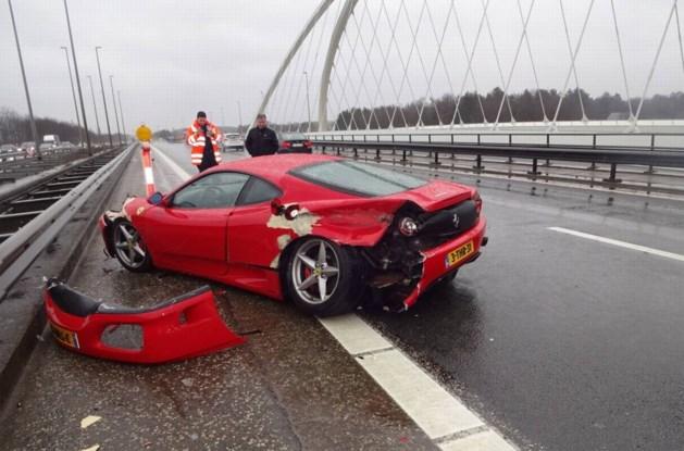 Bongobon voor dagje Ferrari-pret eindigt in crash op E314