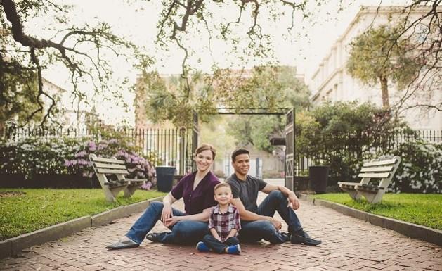 Dit lijkt het perfecte gezinnetje, maar zie jij wat er niet klopt?