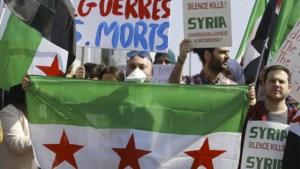 Betoging in Europese wijk tegen Assad en voor staakt-het-vuren in Syrië