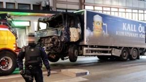"""Chauffeur probeerde gestolen truck nog te stoppen, maar """"moest wegspringen om niet geraakt te worden"""""""