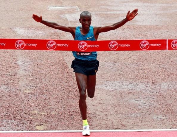 Drie marathonlopers doen recordpoging op 6 mei
