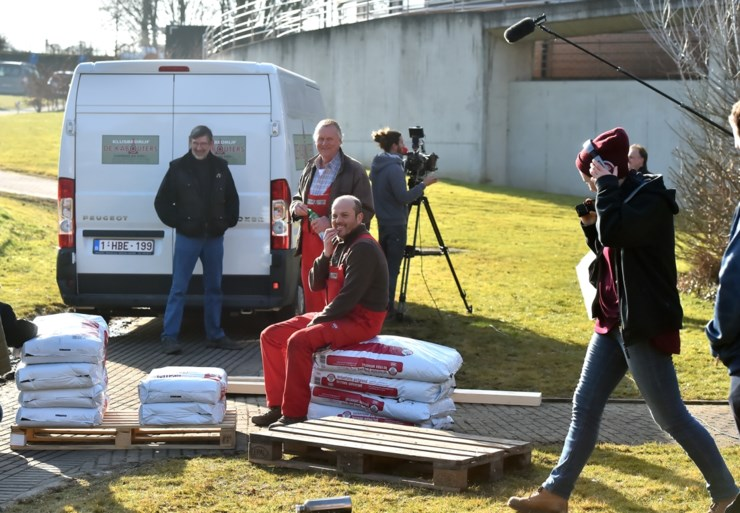 Twee uur opnames voor anderhalve minuut televisie: zo kwam Waldek onder de camionette van Frank terecht