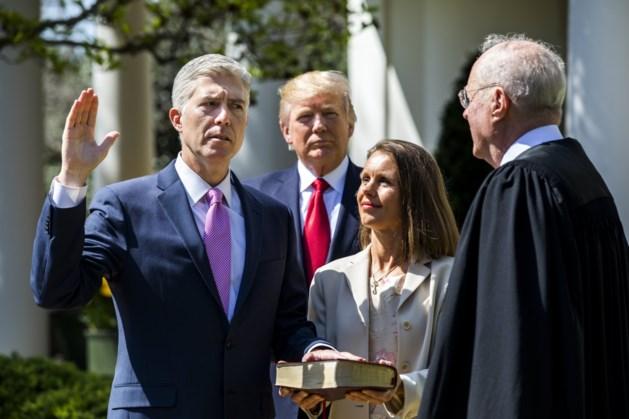 Neil Gorsuch ingezworen als negende rechter bij het Amerikaans Hooggerechtshof