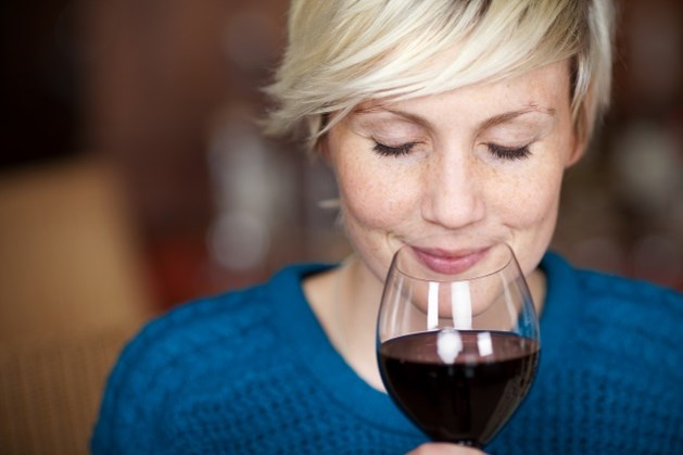 """""""Wijn drinken is beter voor de hersenen dan wiskundeproblemen oplossen"""""""