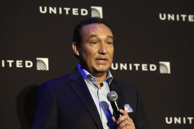 CEO United Airlines wil niet opstappen